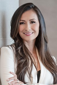 Dr. Jenelle Kim: Speaking at the White Label World Expo USA